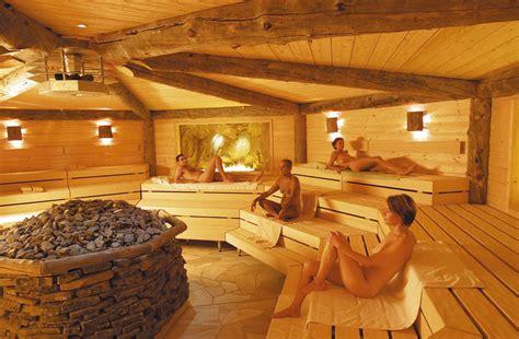 Feucht In Der Sauna by Tag Der Sauna 24 September Deutscher Sauna Bund E V