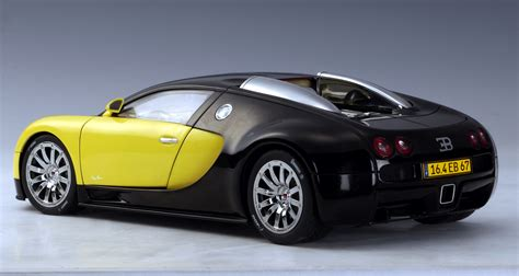 yellow bugatti autoart bugatti eb 16 4 veyron show car black yellow