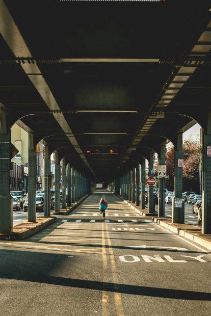 top  street photographers  urban artists  follow