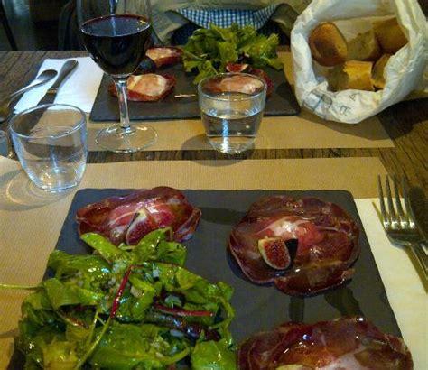Quincaillerie Cuisine - entrée ravioles photo de la quincaillerie