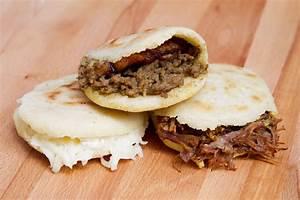 Venezuelan-style Arepas With Pulled Pork (Arepas Rumberas ...