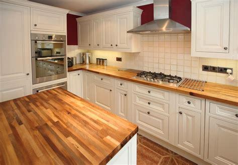 plan de travail cuisine stratifié plan de travail de cuisine 40 designs guide complet