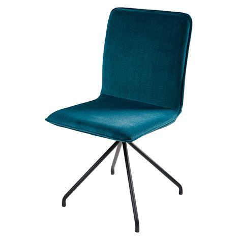 chaise metal noir chaise en velours bleu et métal noir ellipse maisons du