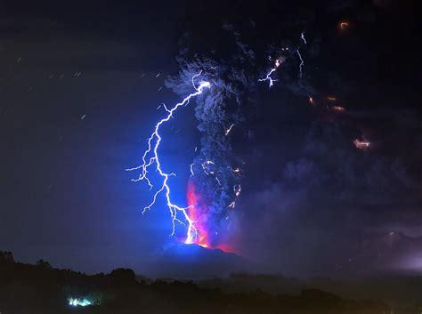 volcano lightning nature wallpapers hd desktop