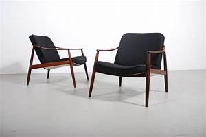Fauteuil Butterfly Pas Cher : fauteuil scandinave ~ Dailycaller-alerts.com Idées de Décoration