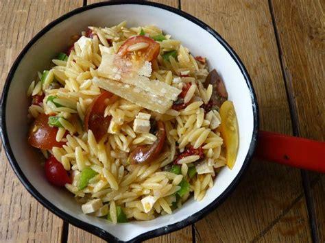 salade de p 226 tes toute simple et toute bonne au petit