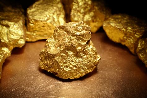 Stanford Scientists Create Gold Nanoparticles In Water