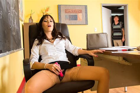 Alana Cruise And Rion King In My First Sex Teacher Naughty America 4k Porn Videos