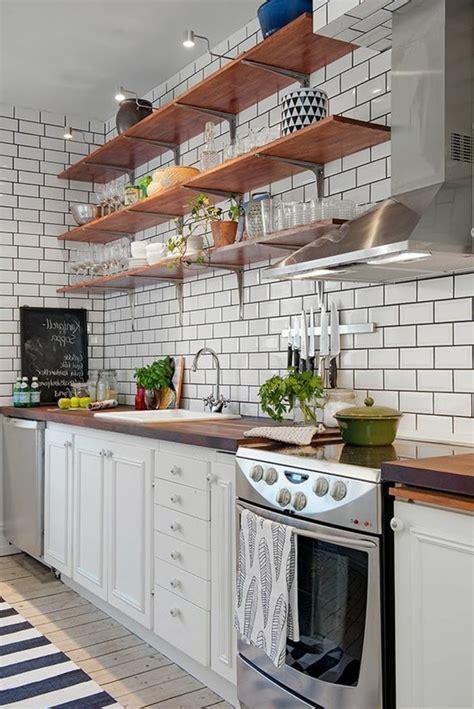 cuisine metro le carrelage métro blanc fait fureur dans la cuisine