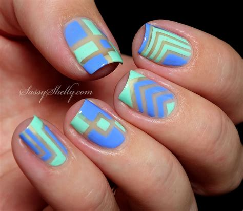 trend alert negative space nail designs fashionsycom