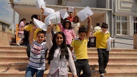 Uzaktan eğitim ne zaman bitecek? Karneler ne zaman verilecek? Okullar ne zaman kapanacak? - Sözcü Gazetesi