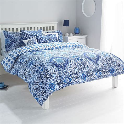 Moroccan Style Paisley Duvet Cover With Geometric Florals