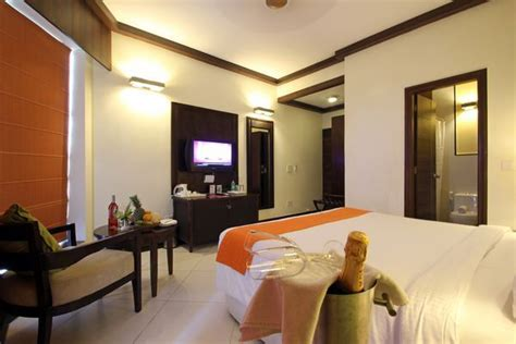 Living Room Hotel Bardez Goa Booking, Photos, Rates Creative Bedroom Decorating Ideas Limestone Exterior Homes Unfinished Base Cabinets Home Depot Small Living Room Pinterest Linen Cabinet Traditional Bathroom Designs Doors Mobile