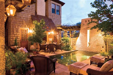 courtyard designs southern living