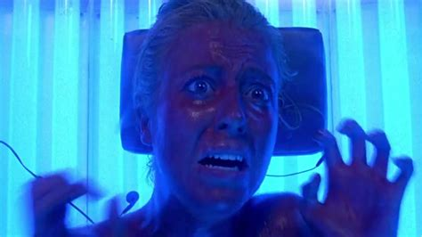 Final Destination Tanning Bed by Jump Scares In Final Destination 3 2006 Where S The Jump