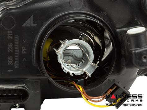 mercedes mercedes c300 headlight light bulb