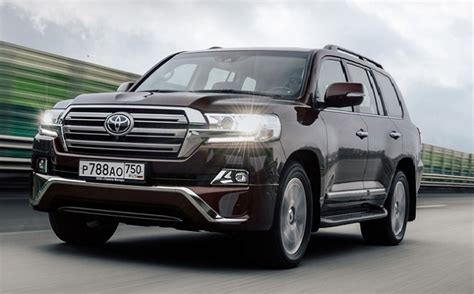 2018 Toyota Land Cruiser  Changes, Interior And Release Date