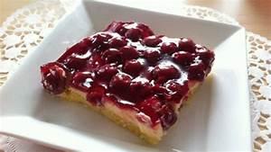 Kirschkuchen Blech Pudding : rezept blechkuchen mit kirschen und vanillepudding f llung ~ Lizthompson.info Haus und Dekorationen