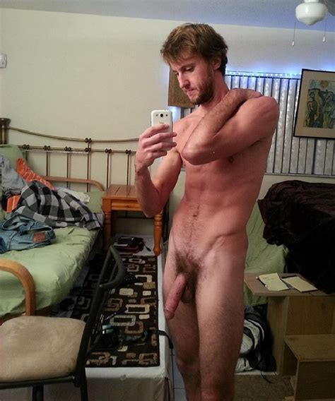Sexy Hung Man Nude Self Pic Gay Cam Pictures