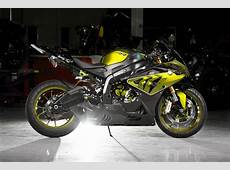 CustomPaint BMW S1000RR Looks Painfully Awesome