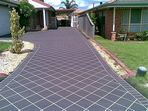 average costs  install concrete driveway  square foot   area  house ideas