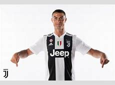 La prima foto di Cristiano Ronaldo con la maglia della
