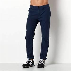 Pantalon Bleu Marine Homme : pantalon bleu homme avec des chaussures beige ~ Melissatoandfro.com Idées de Décoration