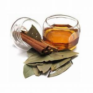 Pale Yellow Liquid Bark Extract Cinnamon Spice Oil  Rs 350   Kg