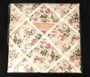 shabby chic fabric memo board vintage shabby chic floral padded notice pin fabric memo board pink rose ditsy ebay