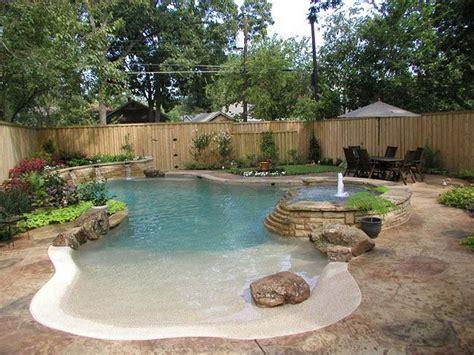 30 Natural Beach Pool Design Ideas For Backyard