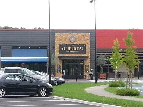 Le Bureau Amand by Le Coin Quot Salon Quot Picture Of Au Bureau Saint Amand Les