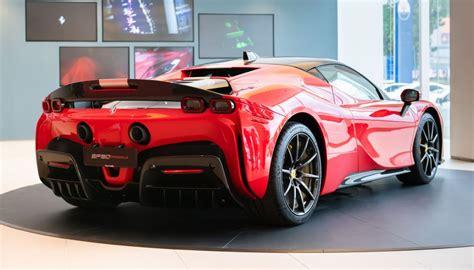 Transferts, salaire, palmares, statistiques en club et en sélection nationale. Ferrari SF90 Stradale giá chỉ 462.000 USD tại Đông Nam Á