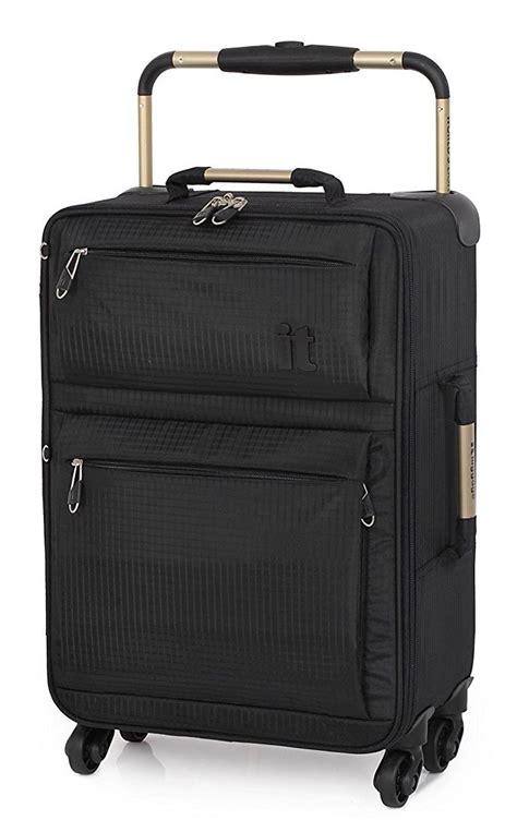 It Luggage World S Lightest Four Wheel Spinner Travel