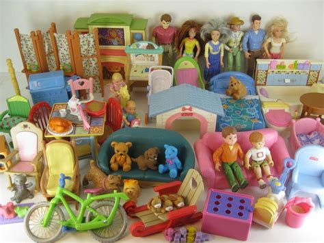 Big Lot Of Fisher Price Loving Family Dollhouse Dolls