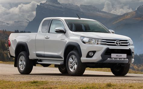 toyota hilux xtra cab legende sport wallpapers
