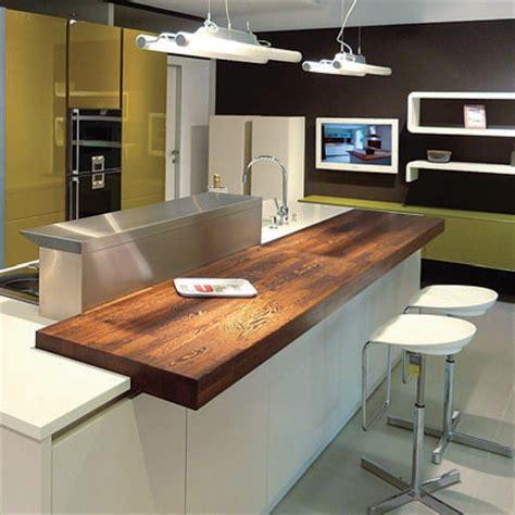 plan de travail en bois massif ilots central pour cuisine plan snack bois massif sur mesureflip design bois