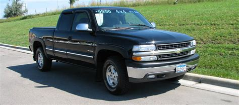 2002 Chevrolet Silverado 1500  Information And Photos