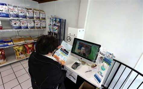 bureau de change bayonne pau insolite et précurseur le magasin télécommandé la