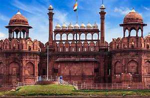 Red Fort - The Famous Indian Monuments
