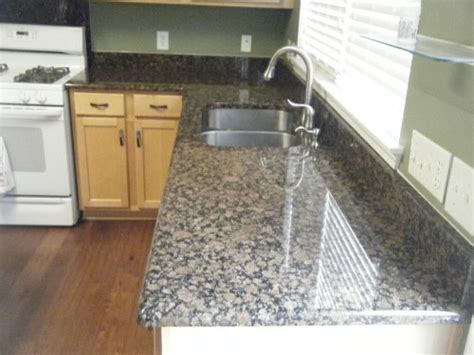 l shaped small kitchen with granite countertops l shaped