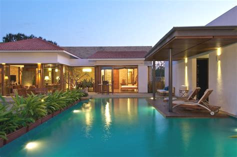 Contemporary Indooroutdoor Spaces At Anish Amin House
