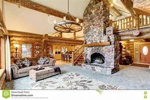 Maison Americaine Interieur : int rieur lumineux de salon dans la maison am ricaine de ~ Zukunftsfamilie.com Idées de Décoration