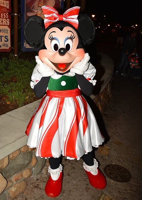 mickey s christmas party disneyland mickey s merry characters kennythepirate