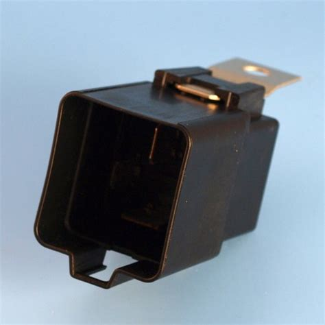 Amp Pin Shrouded Relay Normally Open Contact With