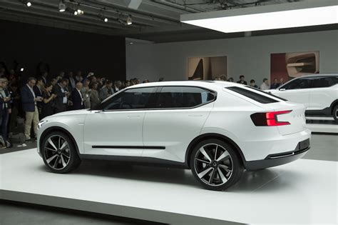 volvo concept  side  images