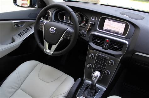 Volvo V40. price, modifications, pictures. MoiBibiki