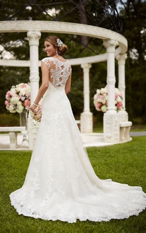 Trends We Love Vintage Wedding Dresses