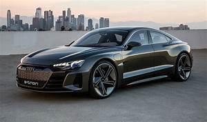 Audi E Tron : audi e tron gt four door coup concept urdesignmag ~ Melissatoandfro.com Idées de Décoration