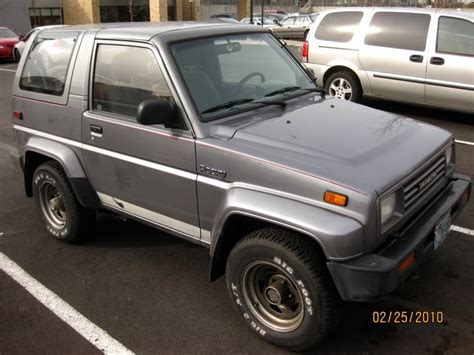 1990 daihatsu rocky old parked cars 1990 daihatsu rocky sx