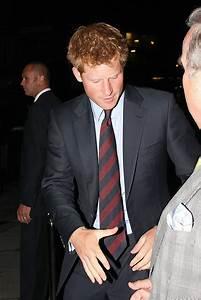 Prince Harry Photos Photos - Prince Harry Leaves the ...